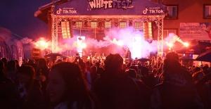 Uludağ da Whitefest Gençlik Ateşi