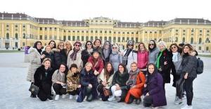 TEMA Vakfı yararına Viyana'ya gezi düzenlediler