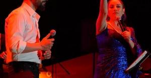 Aşkın Nur Yengi ve Mehmet Erdem Harbiye'de Sezen şarkılarıyla sürpriz yapacak!