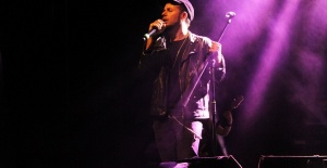 Emre Aydın'dan CKM'de Muhteşem Konser