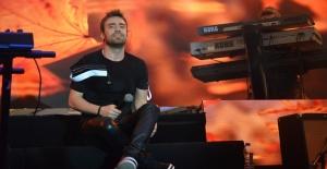 Murat Dalkılıç İstMarina AVM'de konser verdi