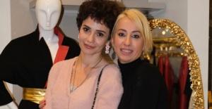 Songül Öden, Esra Seyrekbasan'ın 'Esrarengiz' koleksiyonunu gezdi!