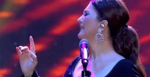 """Cumhurbaşkanlığı """"İstanbul Yeditepe Konserleri""""nin ikinci gününde Sibel Can  sahne aldı"""