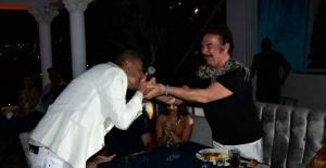 Orhan Gencebay 76. doğum gününü kutladı