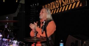 Usta müzisyen Sefa Ulaştır yaşamını yitirdi