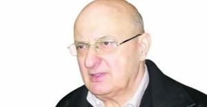 Gazeteci Burhan Ayeri hayatını kaybetti