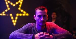 Bertan Asllani, Exxen'de 'Öğrenci Evi'nde!