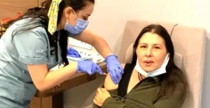 Nilüfer Koronavirüs aşısı oldu