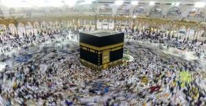 Suudi Arabistan'da teravih namazı 10 rekata indirildi