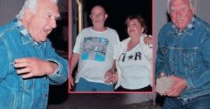 Oyuncu Gökhan Mete elinde taşla gazetecilere saldırdı