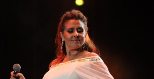 Nilüfer 45. Sanat Yılı'nda Tuzla Marina Arena'da müzik ziyafeti çekti
