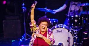Selda Bağcan: Hayatım boyunca 300 bin TL'yi bir arada görmedim!