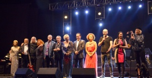 Efsaneler Harbiye Açıkhava Sahnesi'nde müzik ziyafeti çekti
