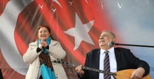 Arif Sağ ve Sebahat Akkiraz Bakırköy de konser verdi