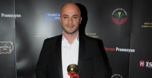 Hakan Uç, 'En İyi Müzik Yazarı' ödülüne layık görüldü.