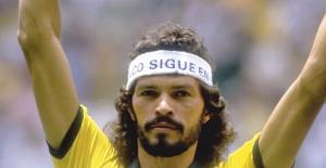Dünya birçok futbolcu gördü ama bu ikisi gibisini görmedi: Socrates ve Metin