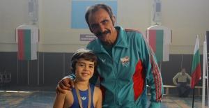 Gürkan Uygun, Naim'in ilk hocasını oynadı!