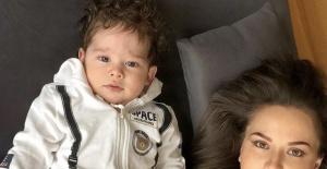 Fahriye Evcen oğlu Karan'ın yüzünü ilk kez gösterdi!