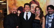 Azer Bülbül'ün son, Vatan Şaşmaz'ın ilk filmi 'Seninki Kaç Para'nın galası yapıldı