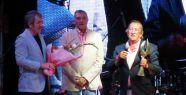 Datça'dan Tunç Başaran'a ödül