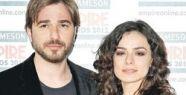 Düzyatan ve Özge Özpirinçci Empire Ödülleri'ne katıldı.