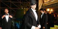 Emre Kızılırmak 'Atatürk'ün Frak ve Pelerini'yle podyuma çıktı
