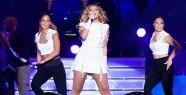 Hadise ve Athena  Samsun'da 13. Fanta Gençlik Festivali'nde sahne aldı