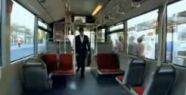 İETT'den şaka gibi metrobüs reklâmı