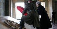İngiltere Başbakanı Theresa May Anıtkabir'i ziyaret etti