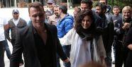 Kerem Bürsin'e sürpriz doğumgünü kutlaması