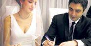 Kurtlar Vadisi dizisinin Polat Alemdar'ı Necati Şaşmaz evlendi.