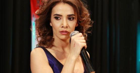 'Umutsuz Ev Kadınları'nda Yasemin ve Emel müzik ziyafeti çekecek !