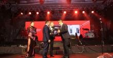 Ayaklı Gazete TV Yıldızları Ödül Töreni sahiplerini buldu