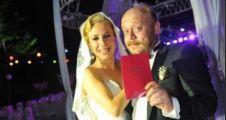 Ünlü oyuncu Beyti Engin'in düğün törenine ünlü akını...