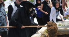 Muzaffer Özpınar son yolculuğuna uğurlandı