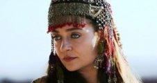 """Didem Balçın """"Tam bir Osmanlı kadınını oynuyorum"""""""