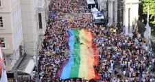 23. İstanbul LGBTİ Onur Haftası Çağırıyor: Normalleşmiyoruz!