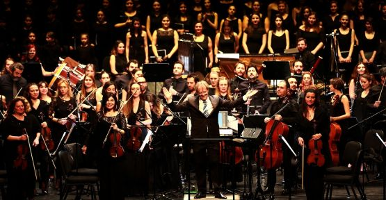 Yüzüklerin Efendisi filminin müzikleri 186 kişilik dev orkestra ile Zorlu PSM sahnesinde canlandı!