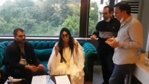 Diva yeni programına dualarla imza attı