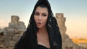 Hande Yener 'Kaç'ı kliplendirdi
